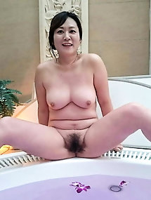 Naughty oriental MILFs as you love